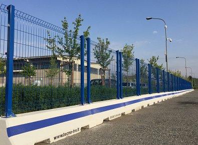 Rete plastic posa in opera recinzioni siti industriali for Vortek recinzioni